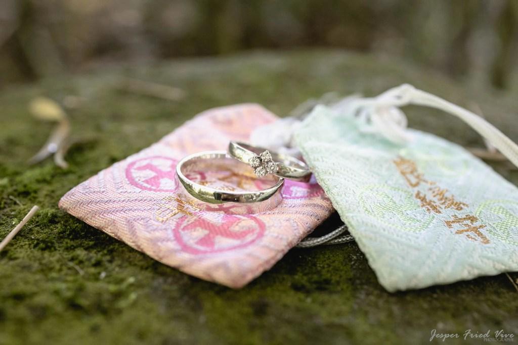 Bryllupsfotograf i Odense - vielsesringe