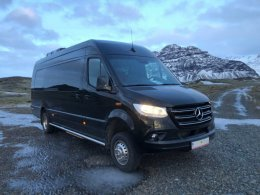 Mercedes Benz Sprinter - Friend In Iceland