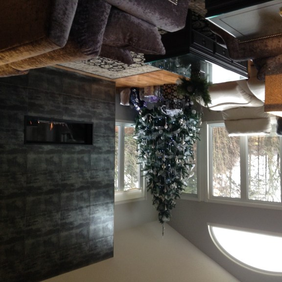 Amazing linear gas fireplace