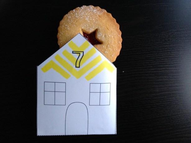 making paper house envelope