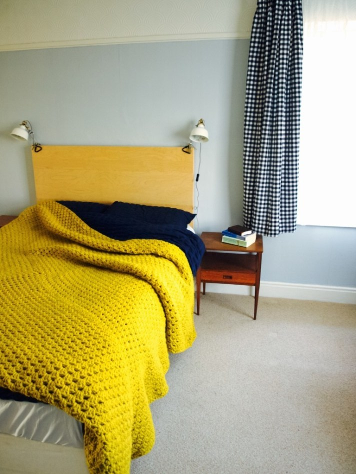 Crochet your own giant bed blanket