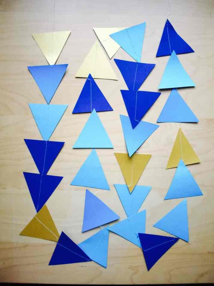 Triangle garland DIY