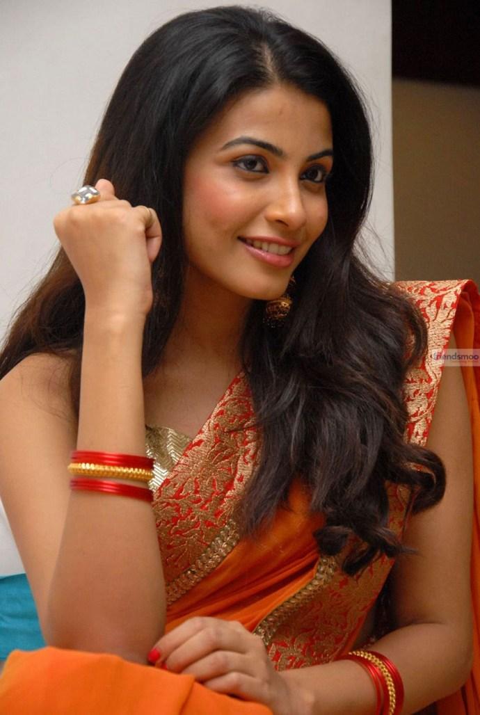 Kavya Shetti (2)
