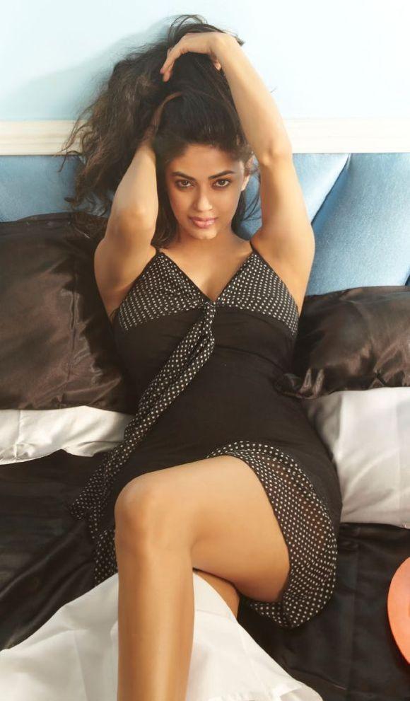 Meera Chopra FHM Magazine July 2013 Hot Photoshoot