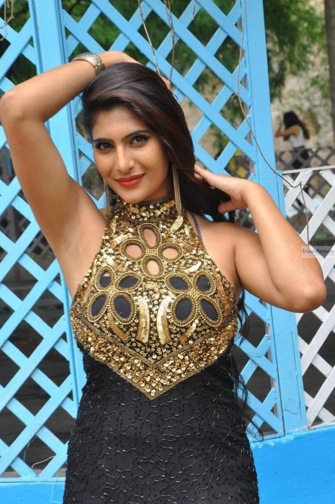 Neha-Saxena (2)