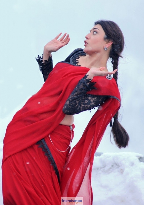 Kajal Aggarwal - Friendsmoo (1)