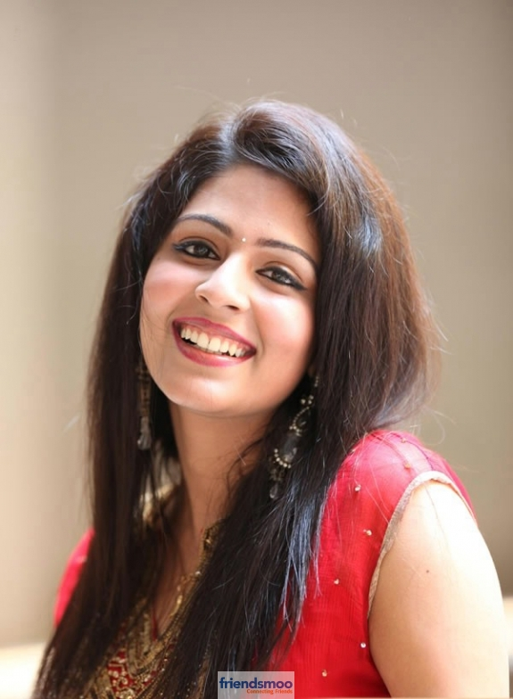 Malavika - Friendsmoo (5)