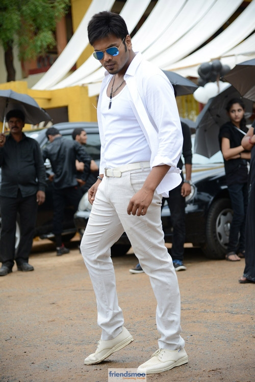 Manchu Manoj Potugadu Movie Stills - Friendsmoo