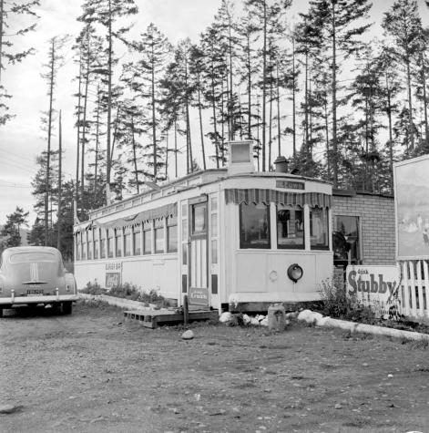 """""""The Willows No. 9 streetcar converted to a diner; Langford."""" RBCM&A/ D-07564."""