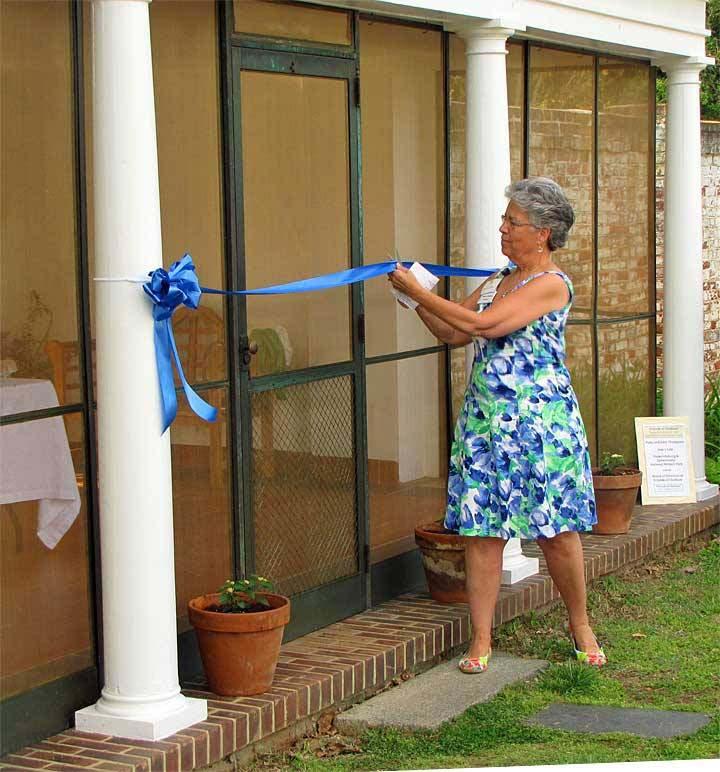 Lynda ribbon cutting