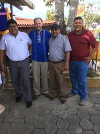 Con Paulino, Adoflo, y Porfirio after receiving mi neuva camisa