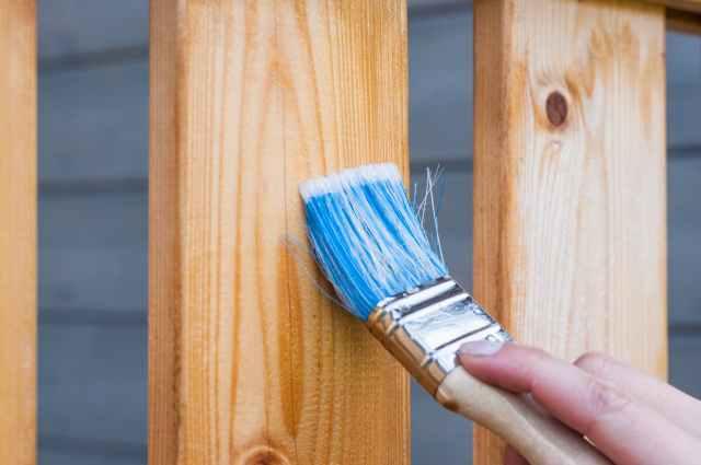 apply blue brush carpentry