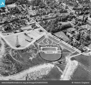 An image of the Lido taken from the air in 1947. From the 'Britain From Above web pages. https://britainfromabove.org.uk/en/legalities