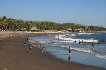 Nowy Rok, plaża w El Tunco, Salwador