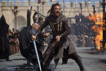 debut-la-pelicula-assassins-creed-no-tuvo-mucha-audiencia-eua-frikigamers-com