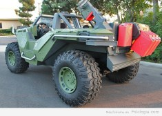 la-fi-hy-autos-halo-4-warthog-photos-004
