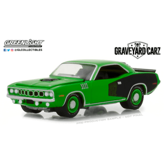 Plymouth Barracuda - Graveyard Carz (1971) Greenlight 1/64