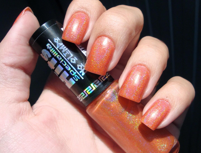 Orange_nails