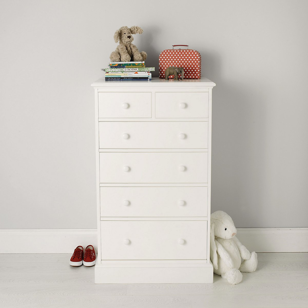 White company chest of drawers