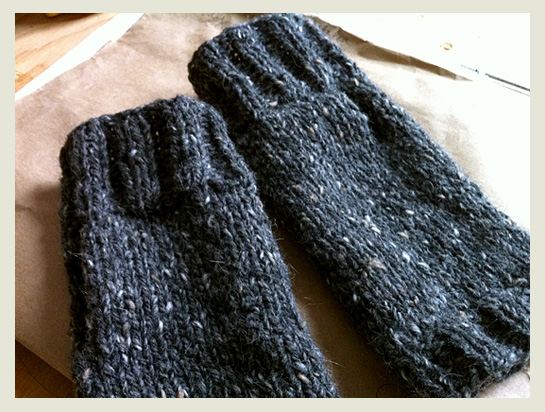 super simple fingerless mitts