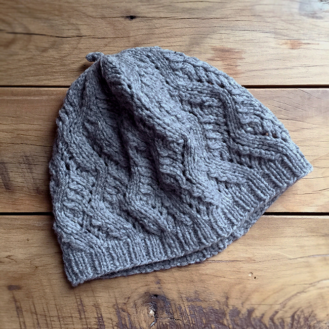 Fringe Hatalong No. 3: Hermaness Worsted by Gudrun Johnston (free pattern)