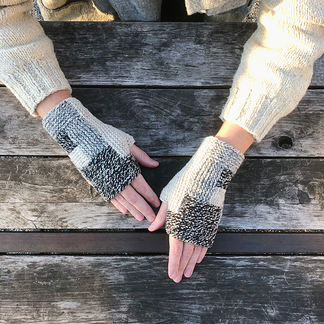 Log Cabin Mitts (free pattern) - Fringe Association