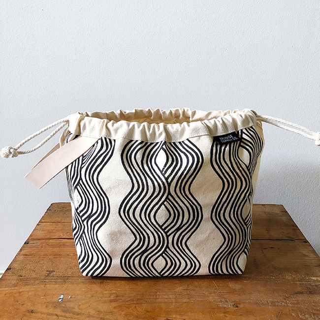 Jen Hewett x Fringe Field Bag — now available!