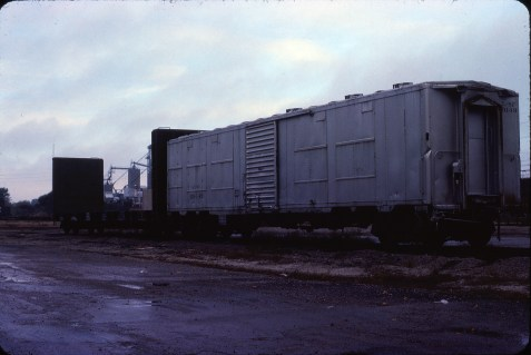 Ex-Troop Sleeper 109149 in March 1985 (Bob Dye)