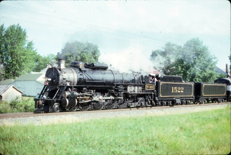 4-8-2 1522 (location unknown) in June 1993 (Ken McElreath)