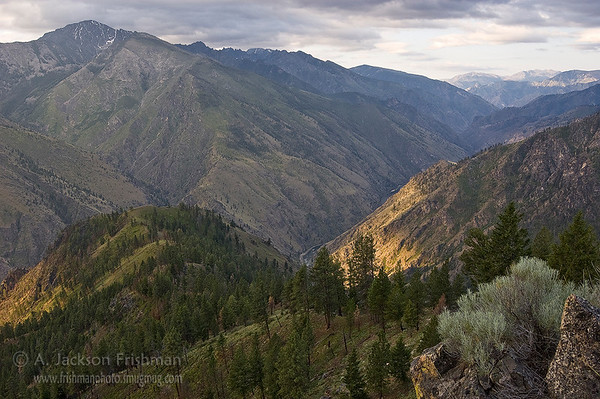 The Bighorn Crags fall away to the Middle Fork of the Salmon River