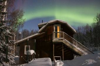 Bed and Breakfast Aurora Viewing