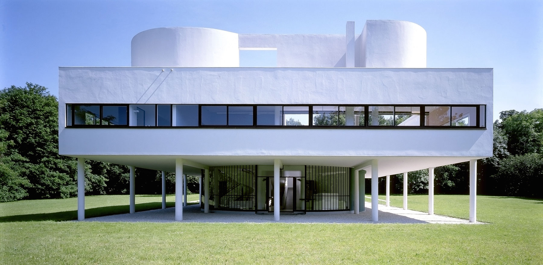 Villa Savoye, from the architect Le Corbusier, built in 1928