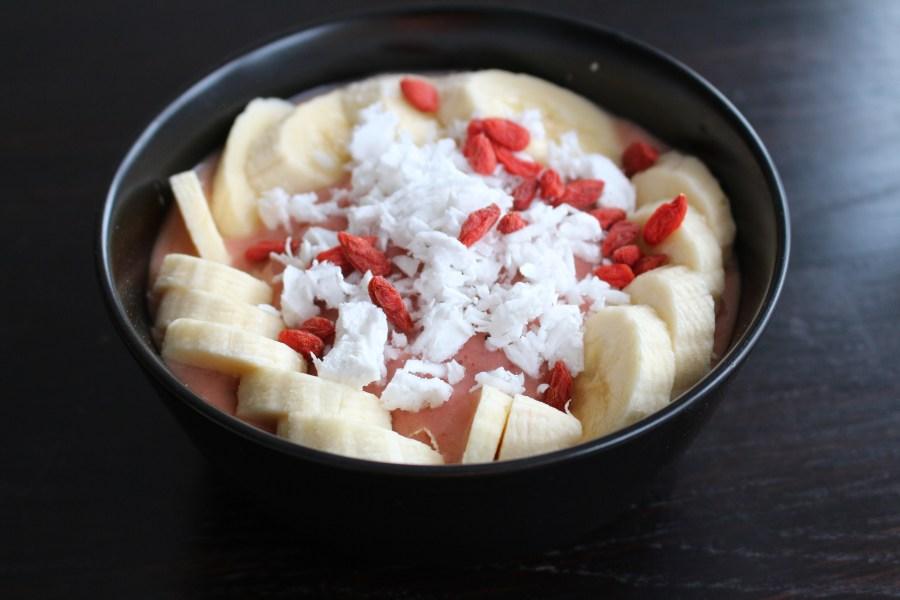 Frozen Strawberry Smoothie Bowl recipe