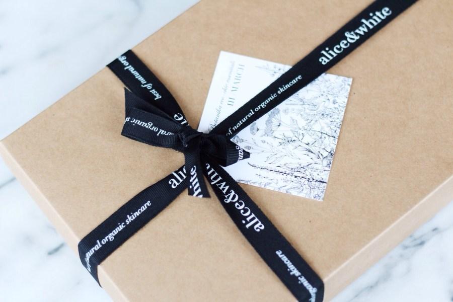 Alice & White Botanika Box March 2016