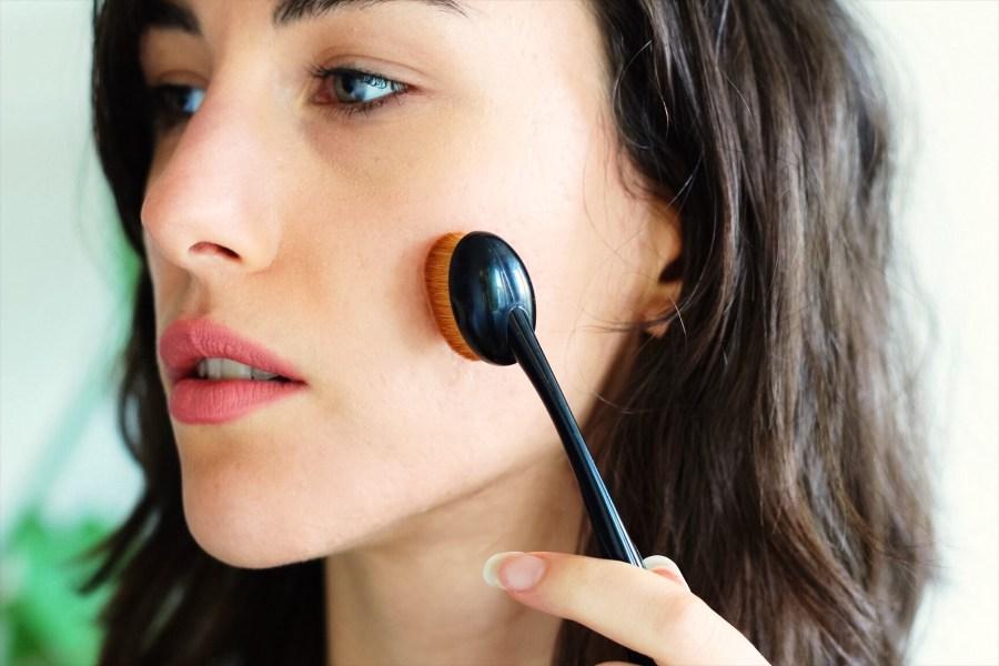 iHerb Bdellium Tools Oval Multi-Purpose Brush