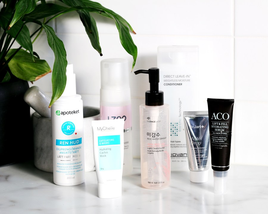 Empties The Face Shop Light Cleansing Oil, MyChelle Cactus Mask, Giovanni Leave-in Weightless Conditioner, Dr Jart Water Drop, L300 Intensive Moisture Cleansing Mousse, Apoteket Ren Hud Ansiksttvätt, ACO Lift & Fill