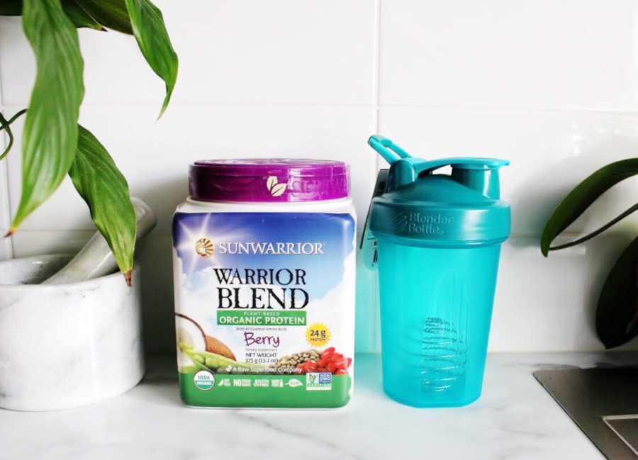 iherb haul Sunwarrior Warrior blend berry and Blender Bottle