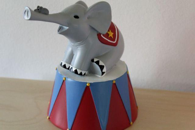 spareboesse, elefant, cirkus