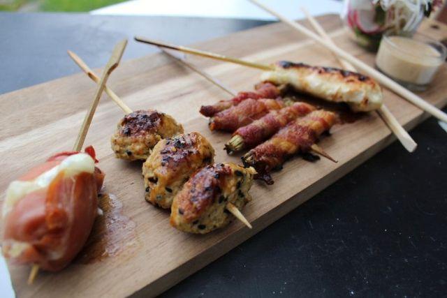 sticks, kyllingekoedboller, asparges-bacon, kyllingesticks, gedeost-parmaskinke, sticks-n-sushi