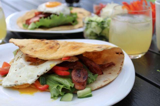 morgenmads-tortillas, tortillas, morgenmad, spejlaeg, bacon, poelser, opskrift, hjemmelavet, livsstilsblog