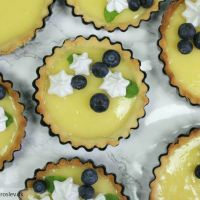 Små lemoncurd tærter