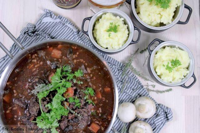 boeuf-bourguinon, simremad, simrerettrer, slowfood, opskrift, vintermad, weekendmad, kartoffelmos