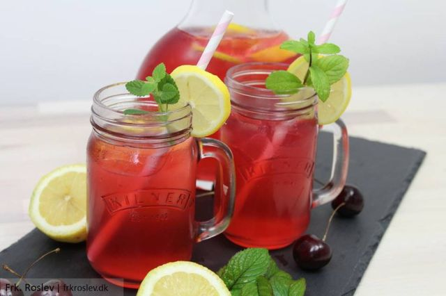 lemonade, kirsebaer-lemonade, kirsebaer-opskrift, kirsebaer, sommeropskrifter