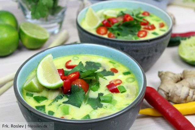 tom-kha-gai, suppe, thai-suppe, asiatisk-opskrift, asiatisk-mad, boernevenlig, madblog