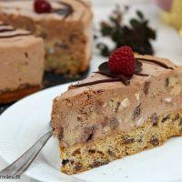 Chokolade islagkage med cookiedough og cookiebund
