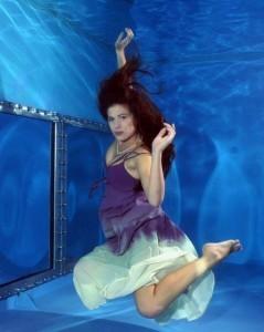 モデル水中撮影1