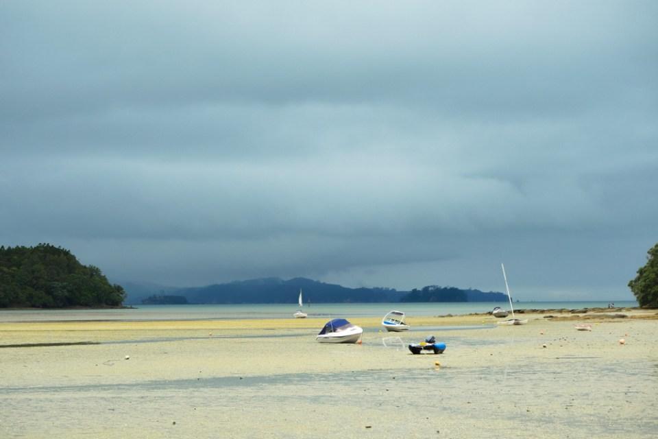 sandspit-beach-1290332