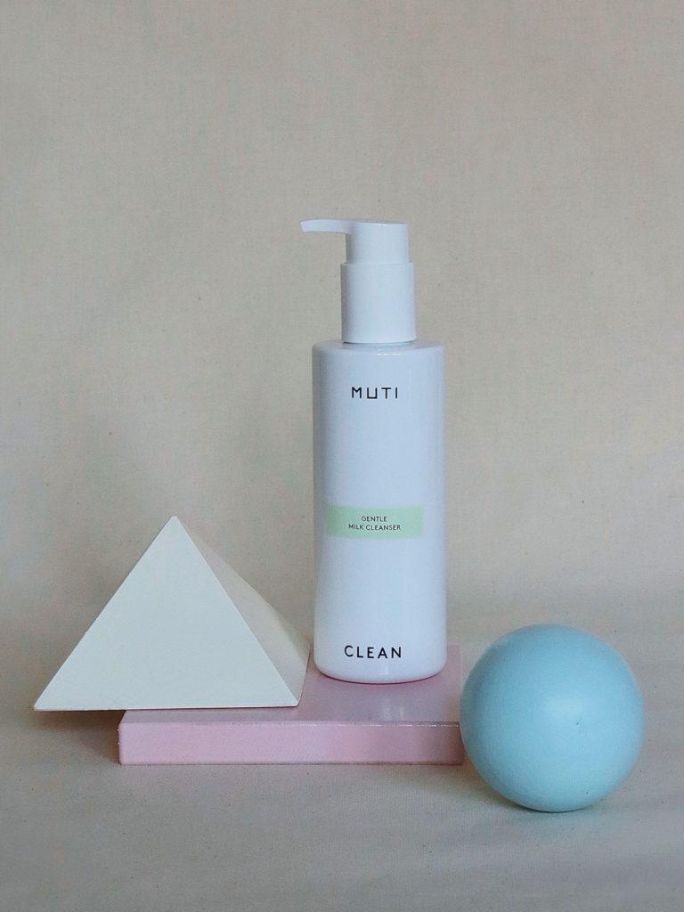 Gentle Milk Cleanser von Muti