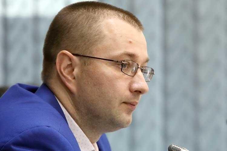 Віталій Музиченко заступник міністра соцполітики різко збагатився