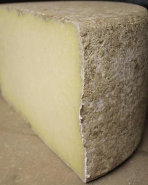 Part de Cantal Fermier
